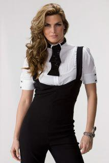 Desde modelo hasta diseñadora, Montserrat Olivier lleva su carisma a la...