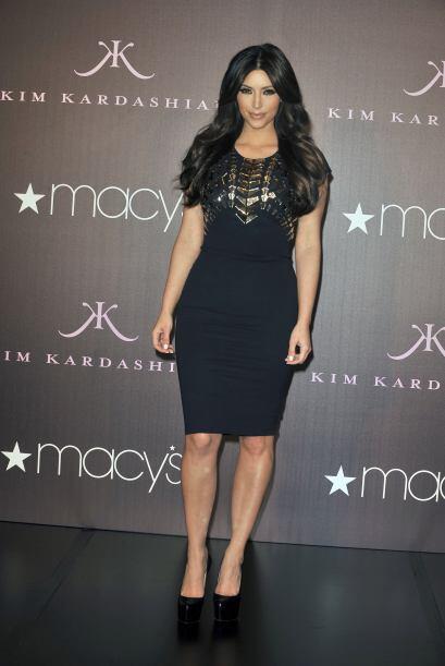 Kim Kardashian, la mujer de negro c6edd7674c30492f9073a471a37ef5f0.jpg