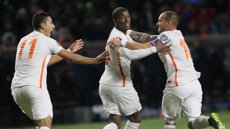 Holanda ganó rumbo a la Eurocopa.