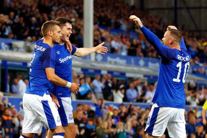 7. Everton F.C. (Inglaterra): 'The Toffees' pagaron 158,2 millon...