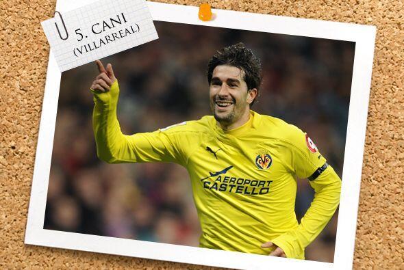 Para el medio campo, el español Cani dejó atrás el incidente con Mourinh...