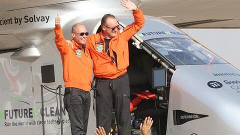 Solar Impulse 2 aterriza en Egipto en su penúltima parada a su vuelta al...