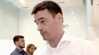 Echan de su oficina a Aaron Schlossberg, el abogado que amenazó a dos empleados por hablar español