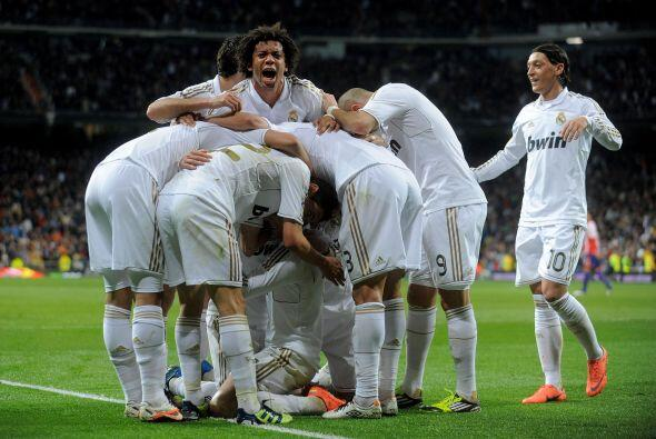 Ya con la ventaja, el Madrid podía manejar el partido sin presión.