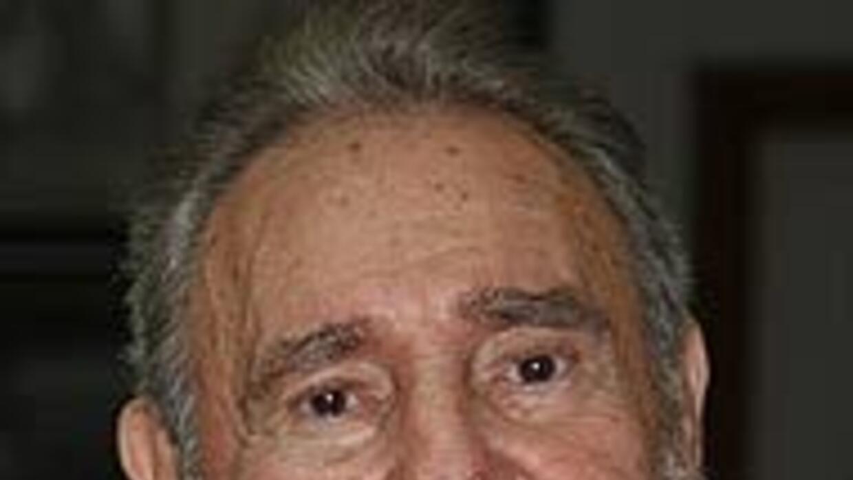 Fidel Castro aplaude la firmeza de su hermano Raúl ante Estados Unidos y...