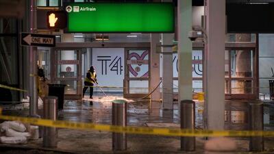 Autoridades investigan rotura de tubería que empeoró el caos en el aeropuerto JFK