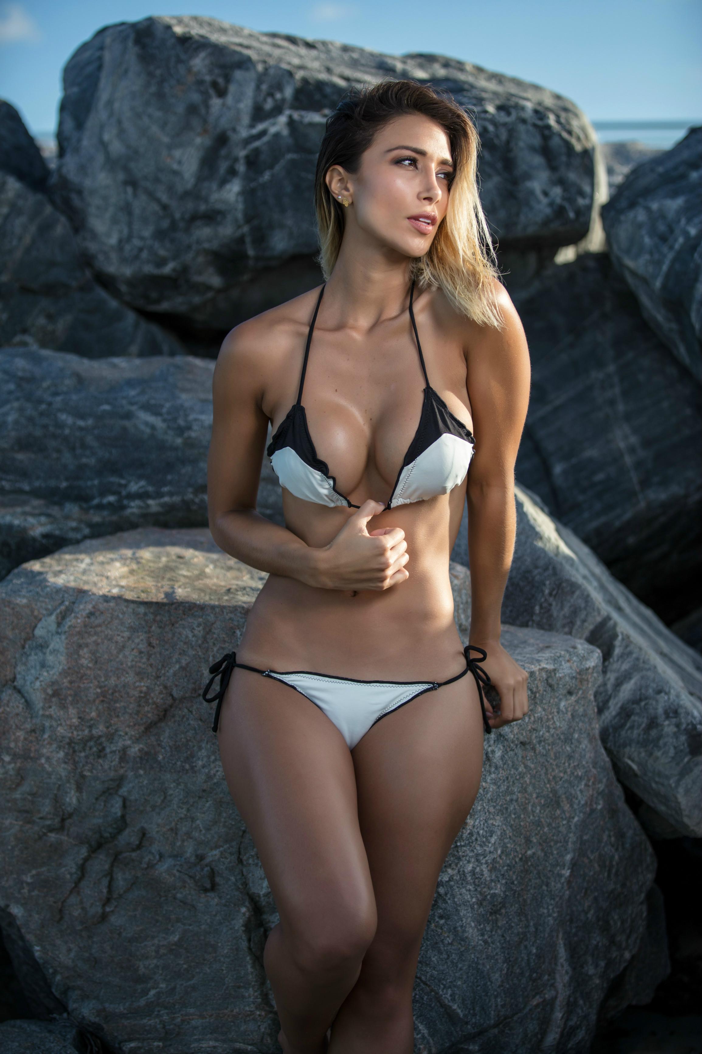 Bikini Valeria Moreno naked (45 photos), Topless, Leaked, Selfie, braless 2006
