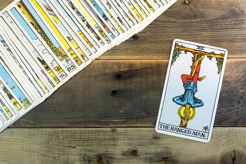 El colgado, una de las cartas más importantes del tarot